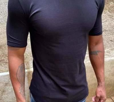 T-Shirt Classique (UNIPLAY)