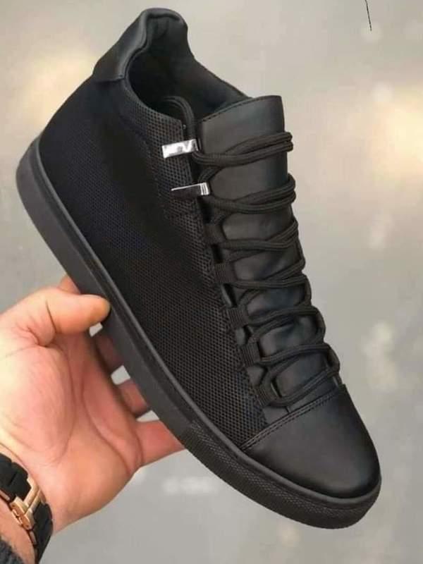 chaussure haute noir