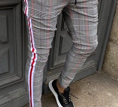 "PANTALON A CARRREAU "" noir / rouge """